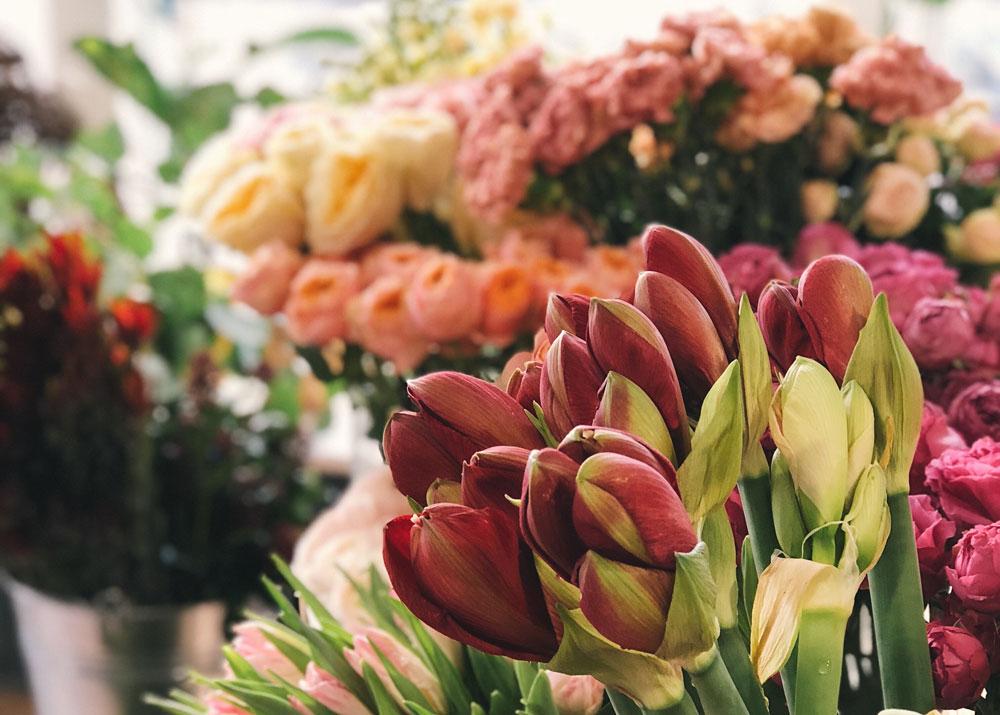Как заработать на цветах открываем цветочный островок в тц